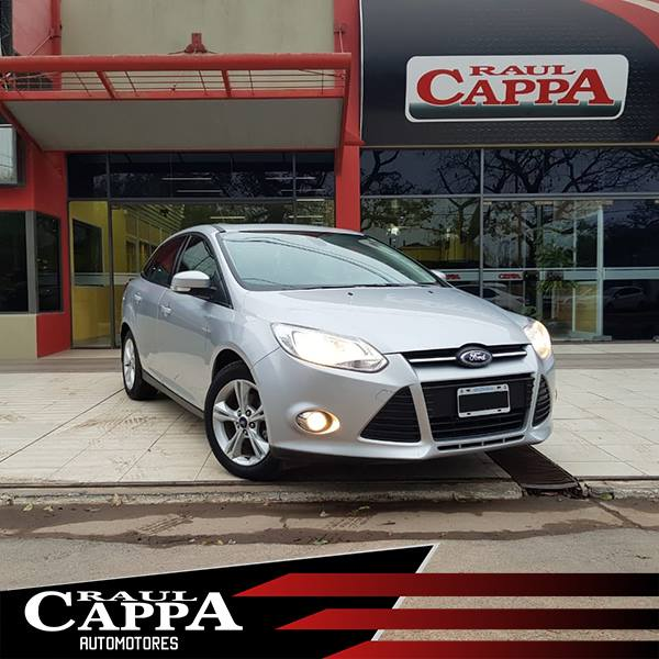 Ford FOCUS 2.0L SE PLUS 4P AT